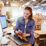Which retail technologies ease the pressure of peak season?