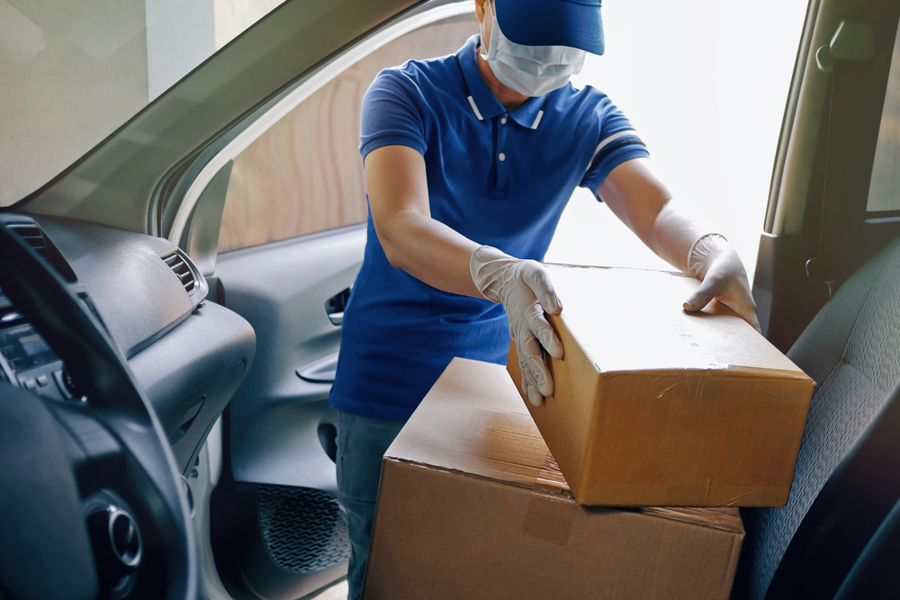 Delivery driver in Covid pandemic
