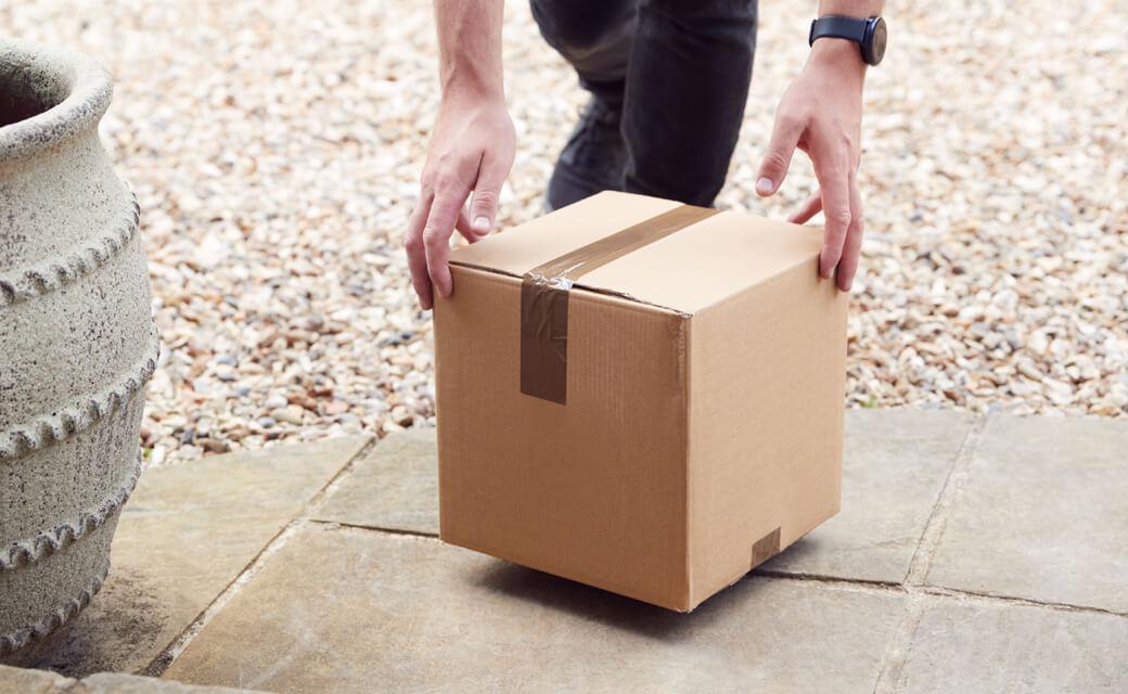 Parcel delivery to doorstep